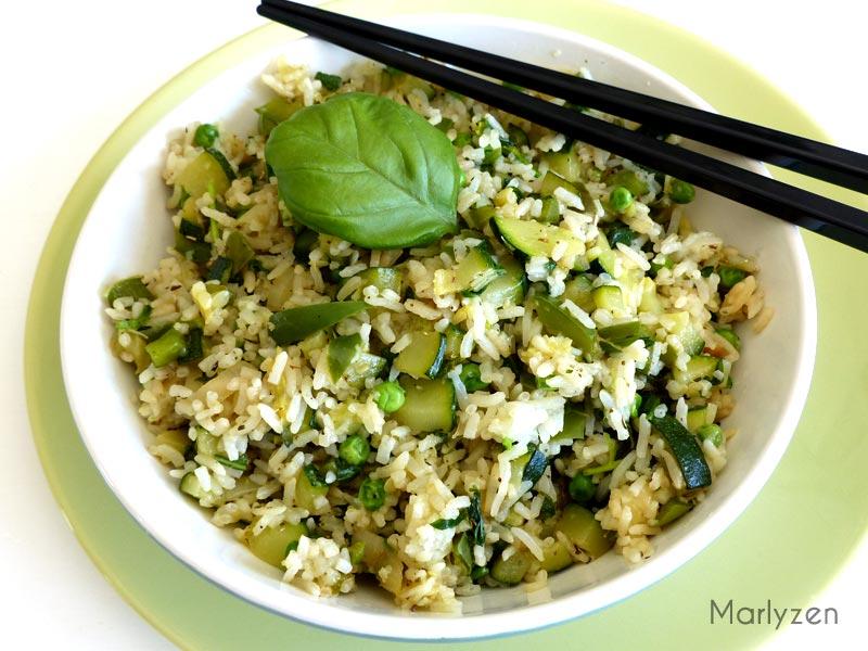 Riz sauté aux légumes vert