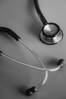 7 porad: jak wybrać dobrą prywatną opiekę medyczną?