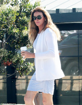 Caitlyn Jenner shows off long legs during coffee run