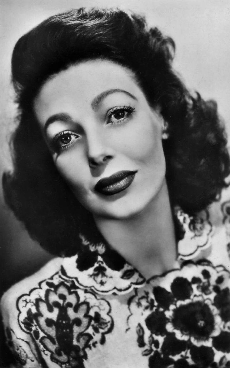 film noir photos the eyes have it loretta young