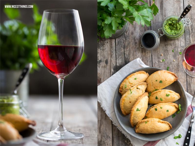 Empanadas und Wein