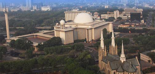 Chaerreina Blogspot Com Masjid Istiqlal Dan Gereja Katedral Hidup