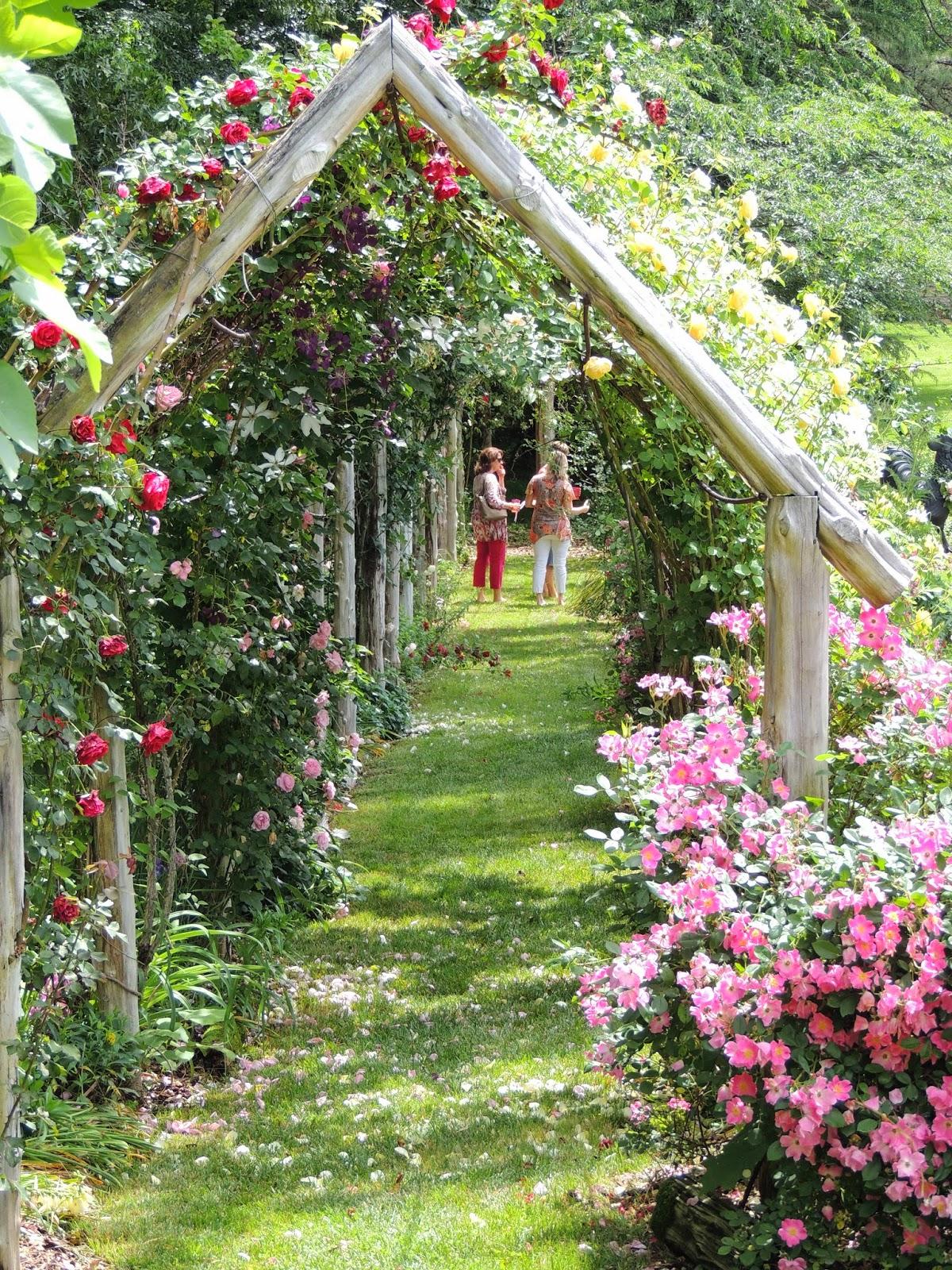 Garden Walk Garden Talk: Durham Council Of Garden Clubs: Walk, Talk And Gawk: Host