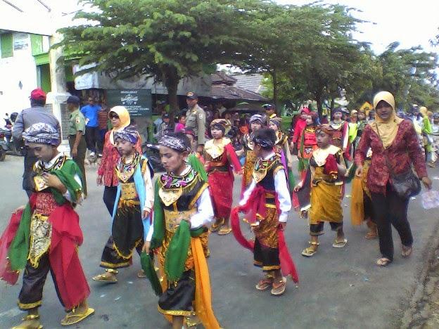 SDN Mulyoagung 2 pada festival Karnaval Singgahan Tuban 2014