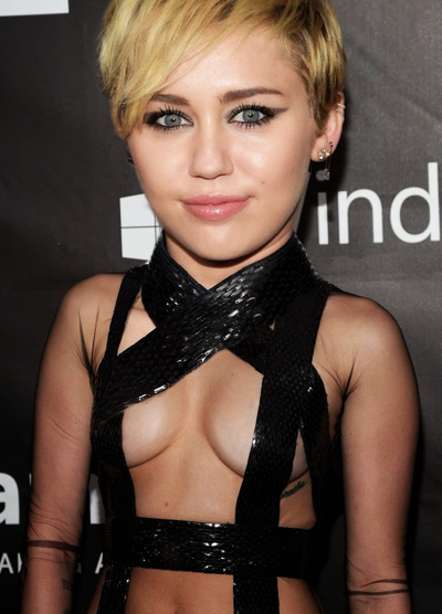 Miley Cyrus | Ximinia