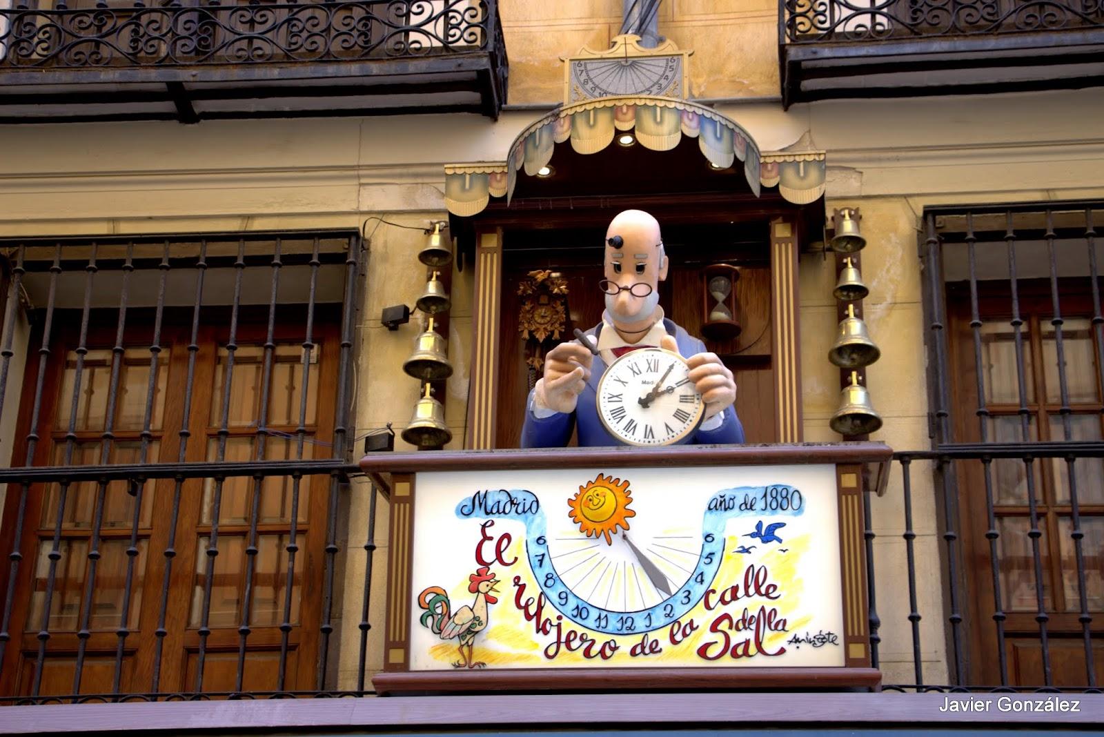 Antigua Relojería. Relojero de Mingote. Calle de la Sal, 2