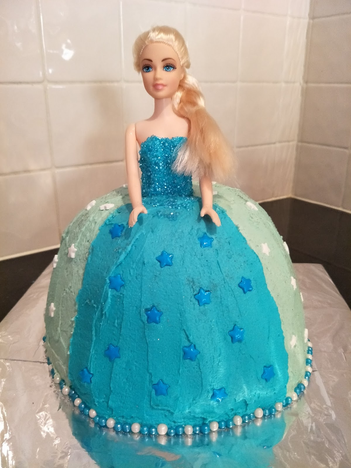 Fabulous Elsa Frozen Birthday Cake Funny Birthday Cards Online Fluifree Goldxyz