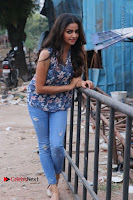 Nithya Ram Pos in Skinny Jeans at SUN TV Nandini Serial Press Meet .COM 00010.jpg