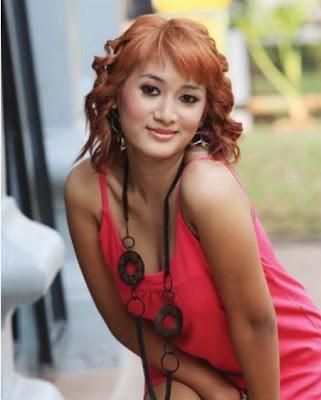 Foto Hot sexy penyanyi biduan dangdut Mela Barbie - anehunique.blogspot.com