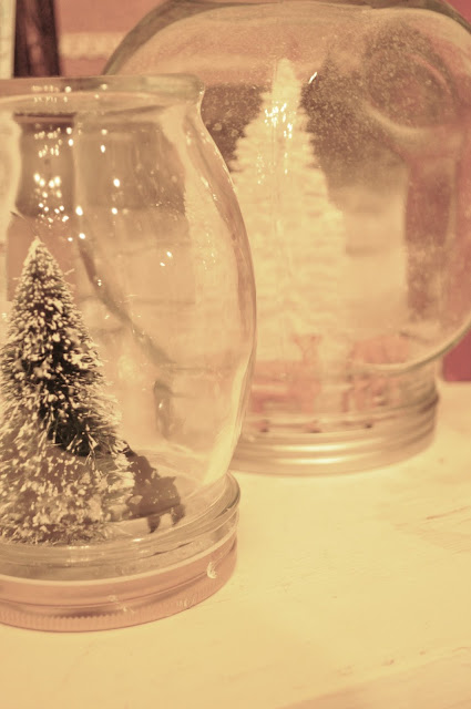 How to make waterless snow globes