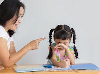10 Cosas que tienen en común las Madres tóxicas y que las hacen realmente insoportables