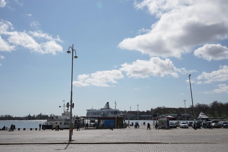 市庁舎(Helsingin kaupunki)と周辺