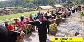 Tradisi Sedekah Bumi di Indramayu - Blog Mas Hendra