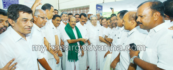 Reception for P.K Kunhalikkutty, Reception, P.K Kunhalikkutty, Railway station.