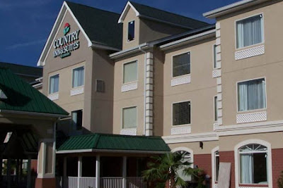 http://visitalbanyga.com/stay/accommodations/country_inn_suites