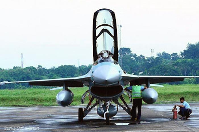 F16 A/B TNI AU