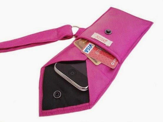 porta smart phone hecho con corbata vieja