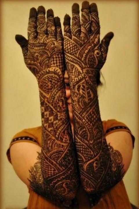 Bridal Henna: MEHNDI DESIGN: Bridal Mehndi Design / Full Hand Henna Design