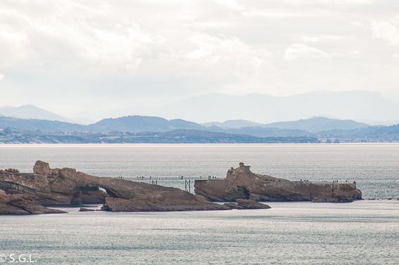 Roca de la virgen Biarritz desde el faro
