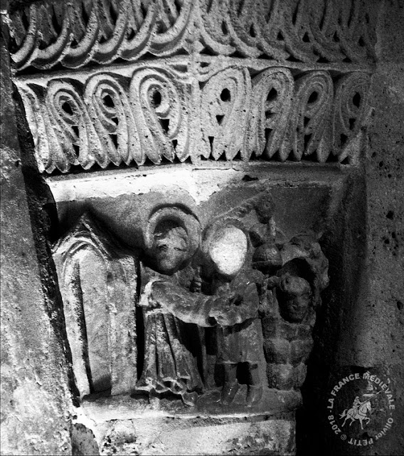 SAINT-DENIS (93) - Crypte romane de l'abbatiale