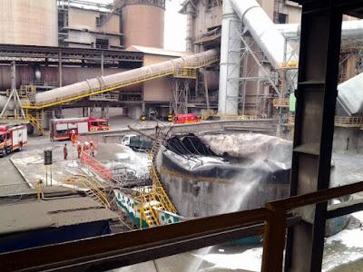 Tangki diesel kilang terbakar di Rawang