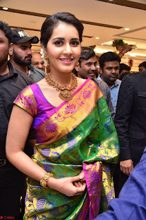 Raashi Khanna in colorful Saree looks stunning at inauguration of South India Shopping Mall at Madinaguda ~ Exclusive Celebrities Galleries 016