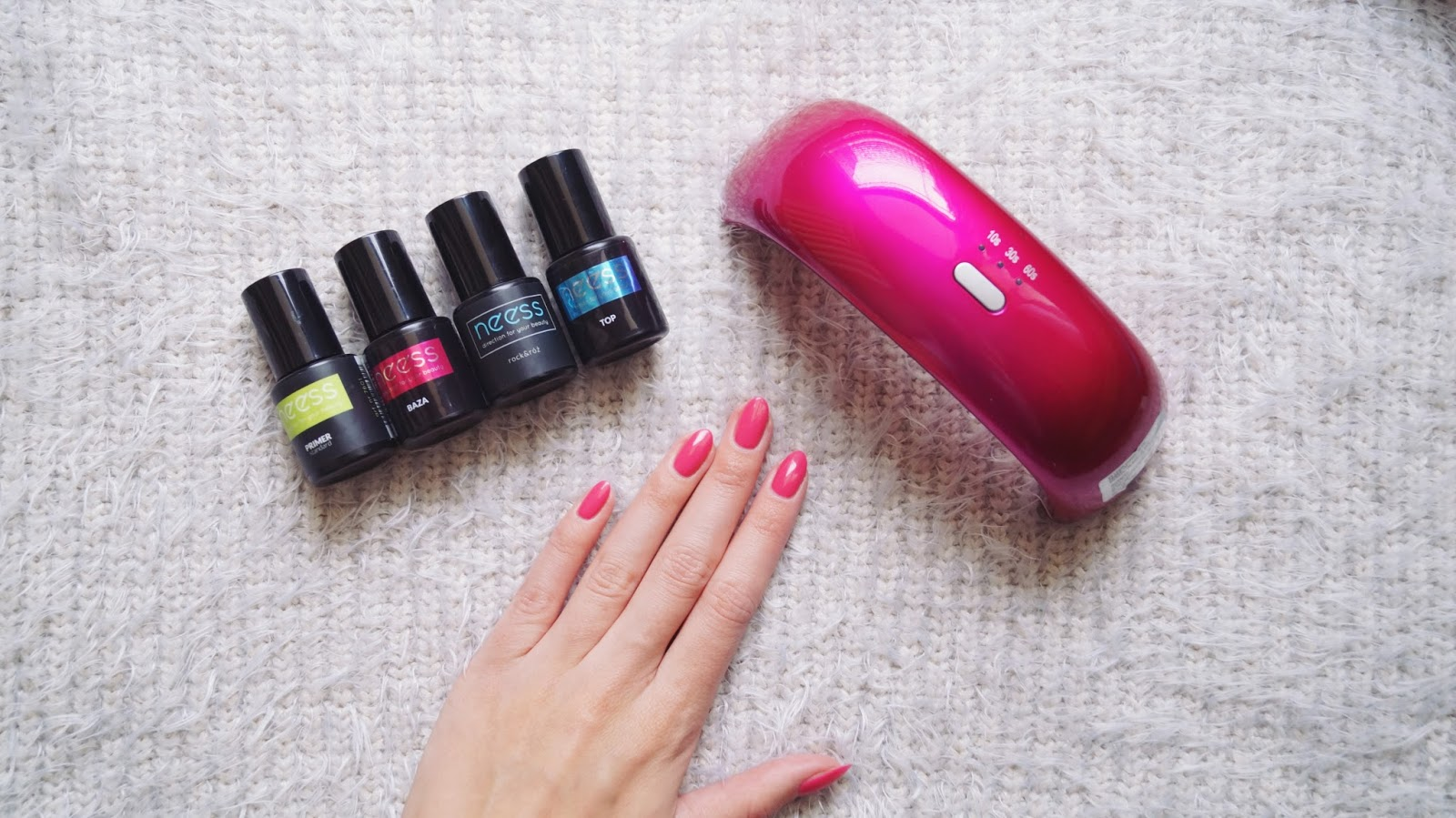 Rock&róż - czyli zestaw do manicure hybrydowego od Neess
