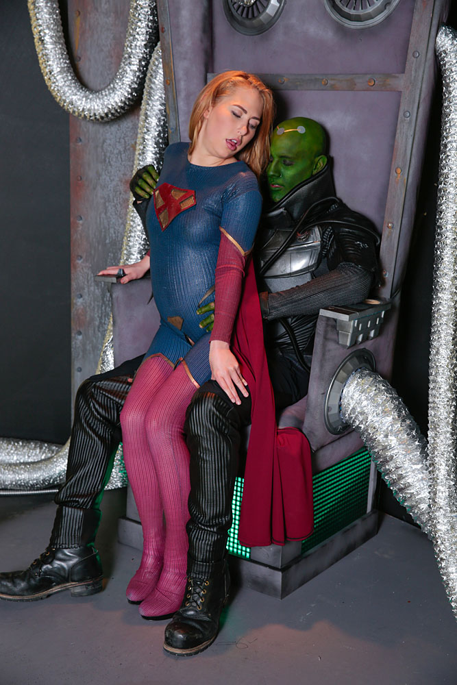 Showing images for supergirl porn parody xxx