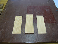 木片を切り分ける