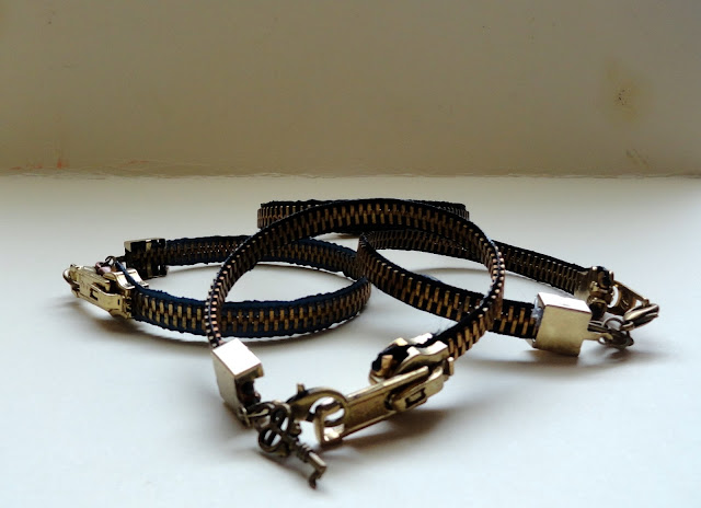 easy zipper bracelet tutorial
