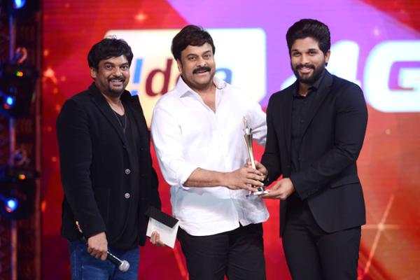 Style Star Allu Arjun Critics Award for his performance as Gona Ganna Reddy in Rudhramadevi Movie
