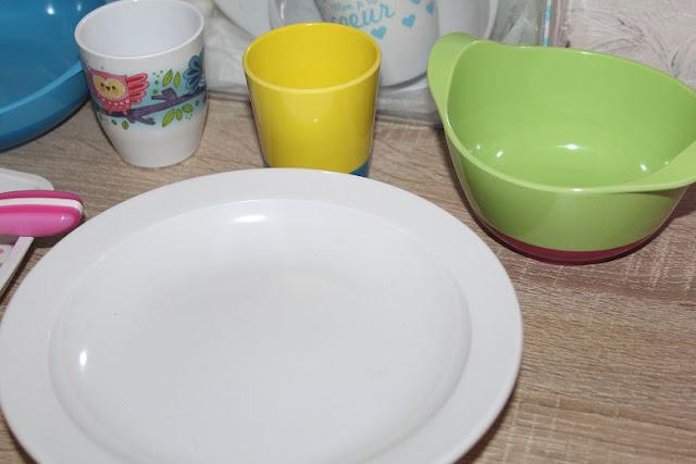 vaisselle spéciale pour enfant