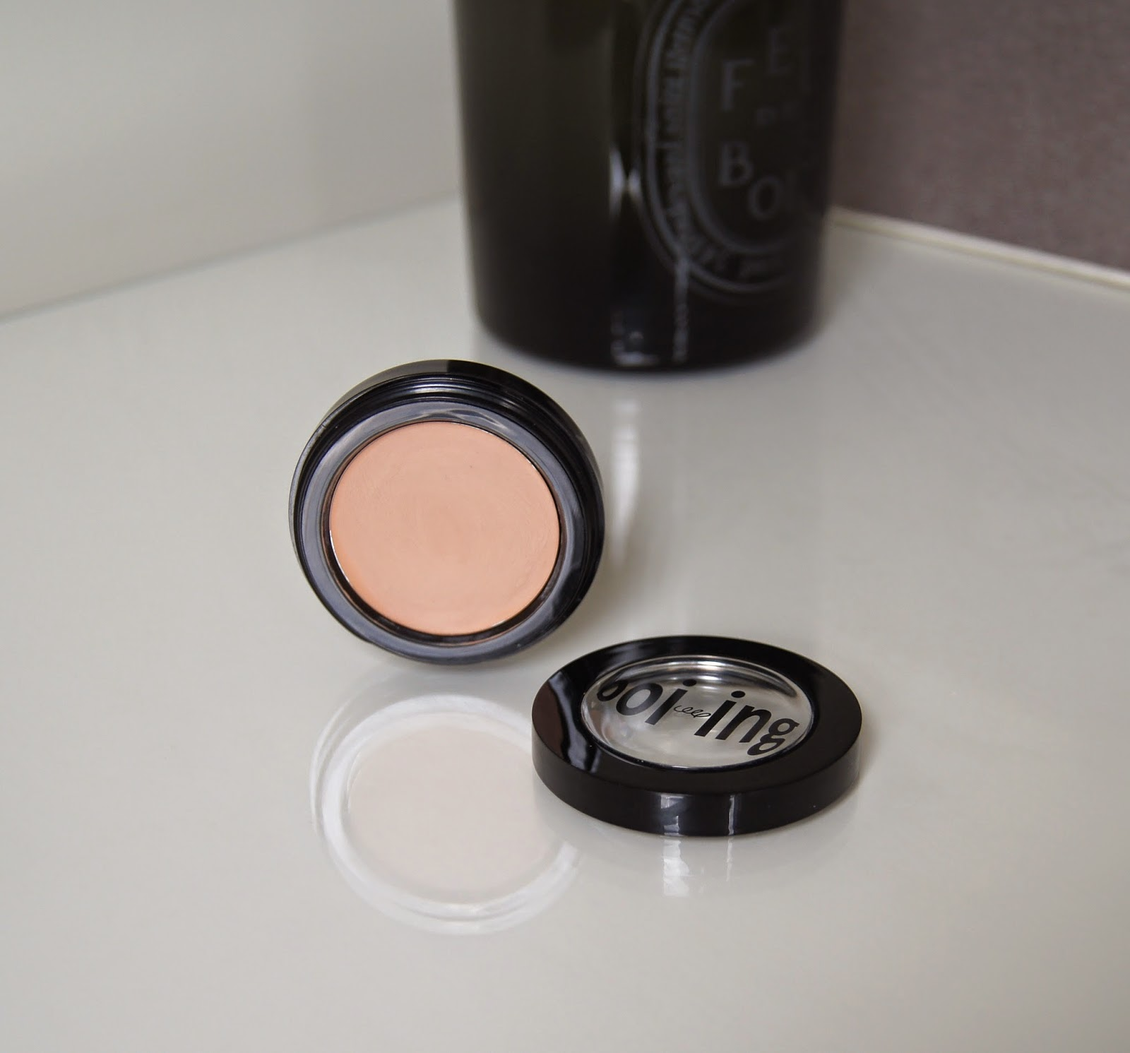 benefit boi-ing industrial strength concealer review