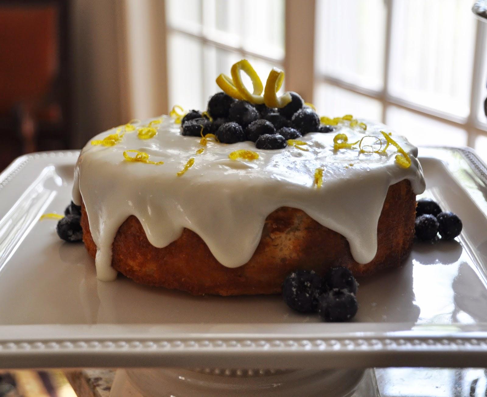 A LA GRAHAM: LEMON CAKE