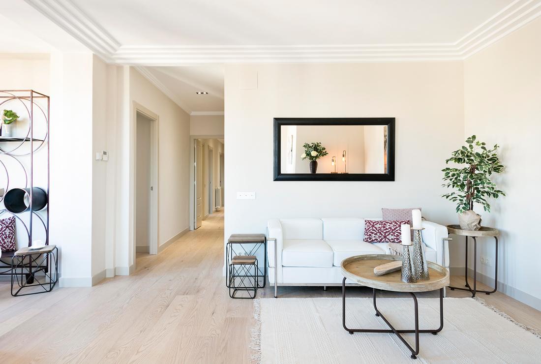 Marzua un piso en barcelona moderno y maravilloso - Ideas pintar salon ...