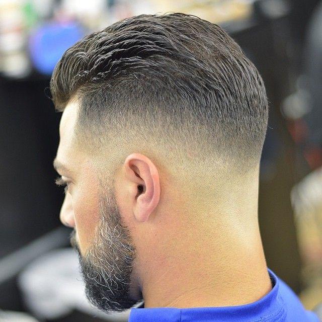 Corte de pelo con maquina en degrade