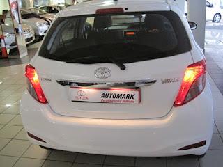 2012 Toyota Yaris 1.0 XS 5 speed 5 Door