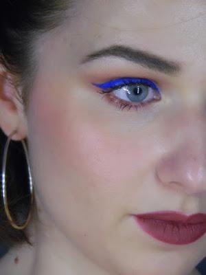 makeup blu elettrico