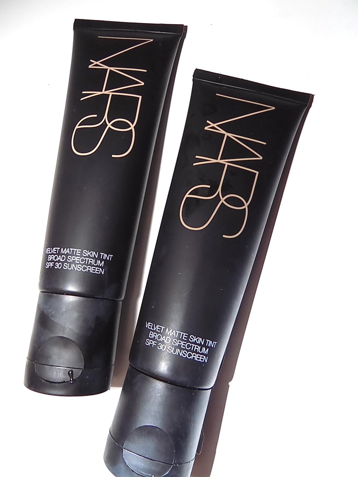 Velvet Matte Swatches: The Beauty Alchemist: NARS Velvet Matte Skin Tint SPF 30