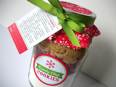 Christmas cookie mix in a jar