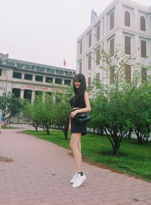 Hot girl Quỳnh Lê Mặt xinh khả ái xinh đẹp 20
