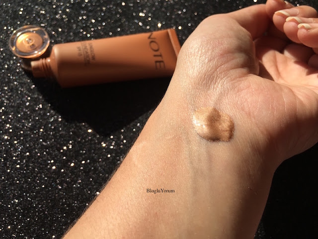 note sunglow foundation fondöten 10 swatch1
