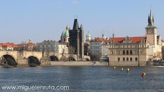 Vistas-Río-Moldava-Praga