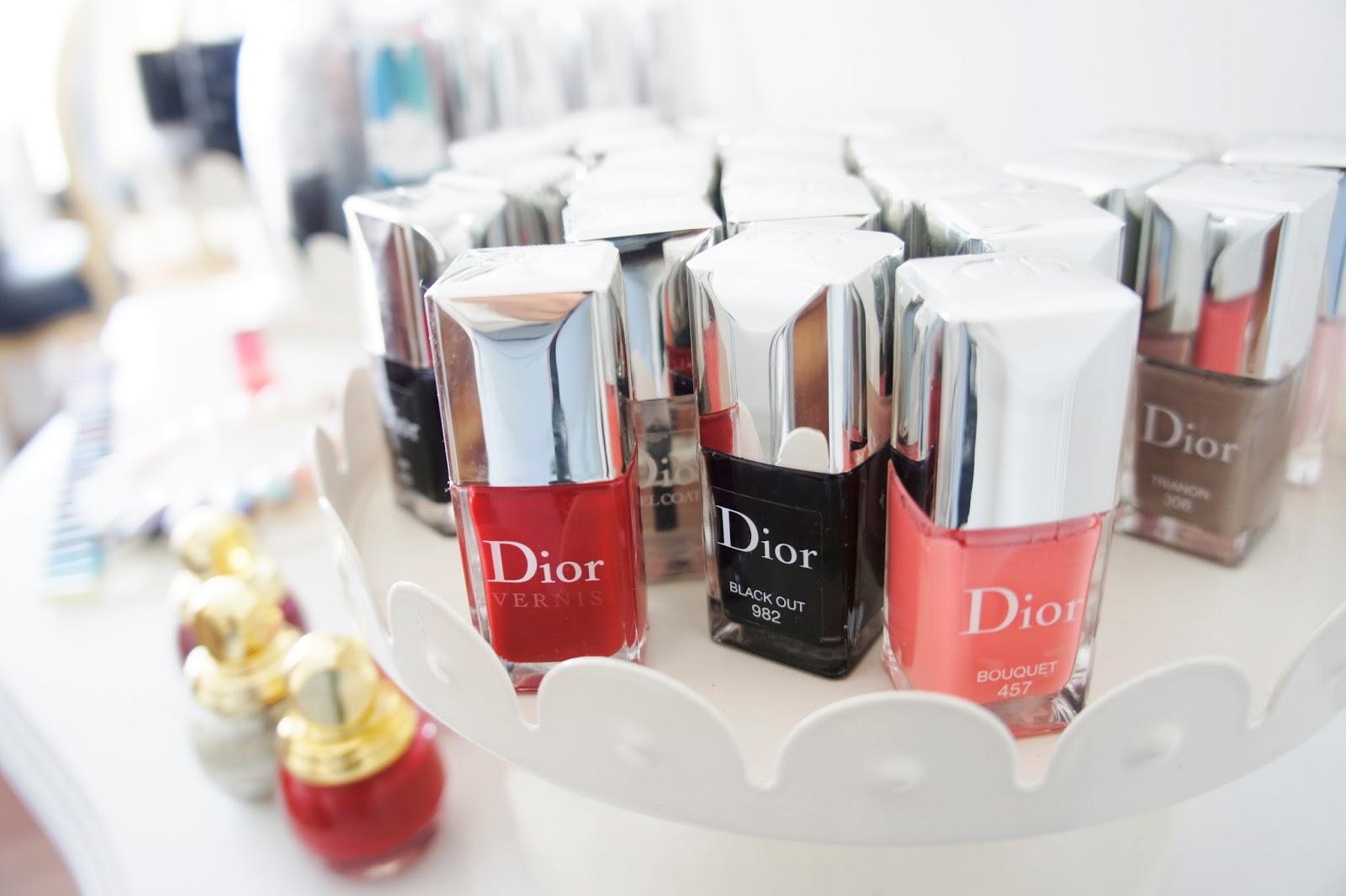Esmaltes de uñas Dior