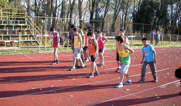 Formación atletismo niños y niñas