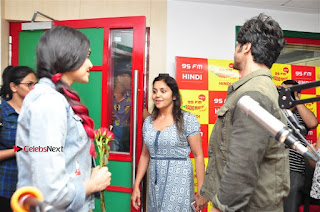 Vidyut Jamwal Adah Sharma Commando 2 Movie Team at Radio Mirchi 95  0051.jpg