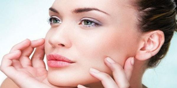 Υγρή «ρινοπλαστική»: Συμμετρική μύτη με υγρά εμφυτεύματα