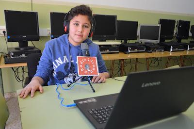 http://www.ivoox.com/microespacios-tisanuro-radio-trabajo-solidario-el-audios-mp3_rf_24305887_1.html