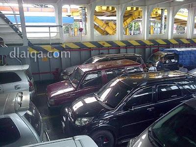 kondisi parkir di dalam kapal ferry