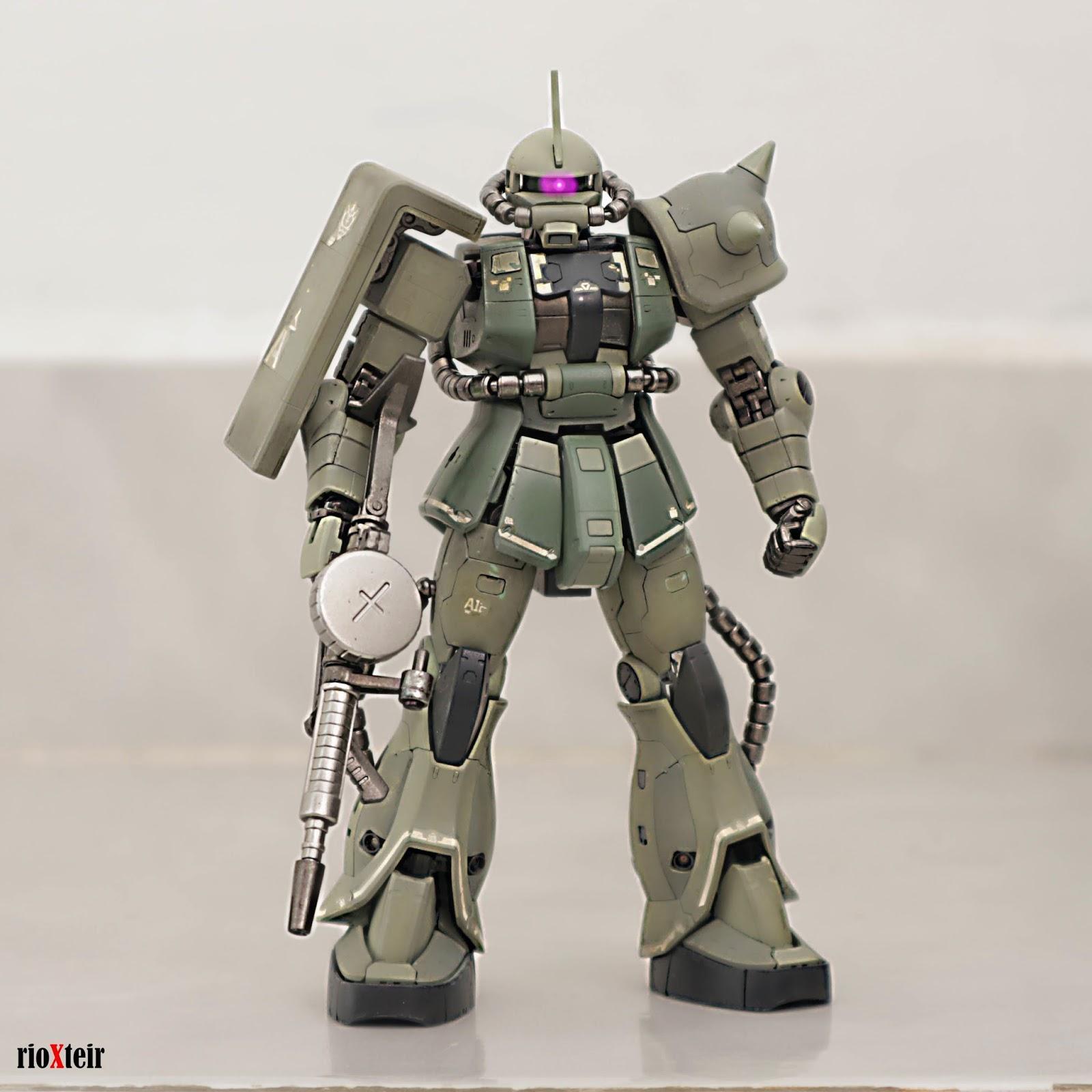 Real Grade MS-06F Zaku II Mass Production